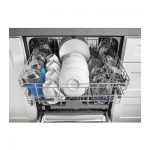 Whirlpool WDF520PADM Dishwasher open